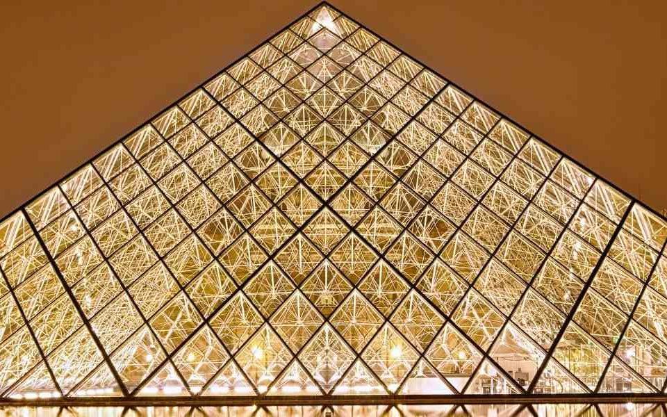 Visiter-le-musée-du-Louvre-en-groupe